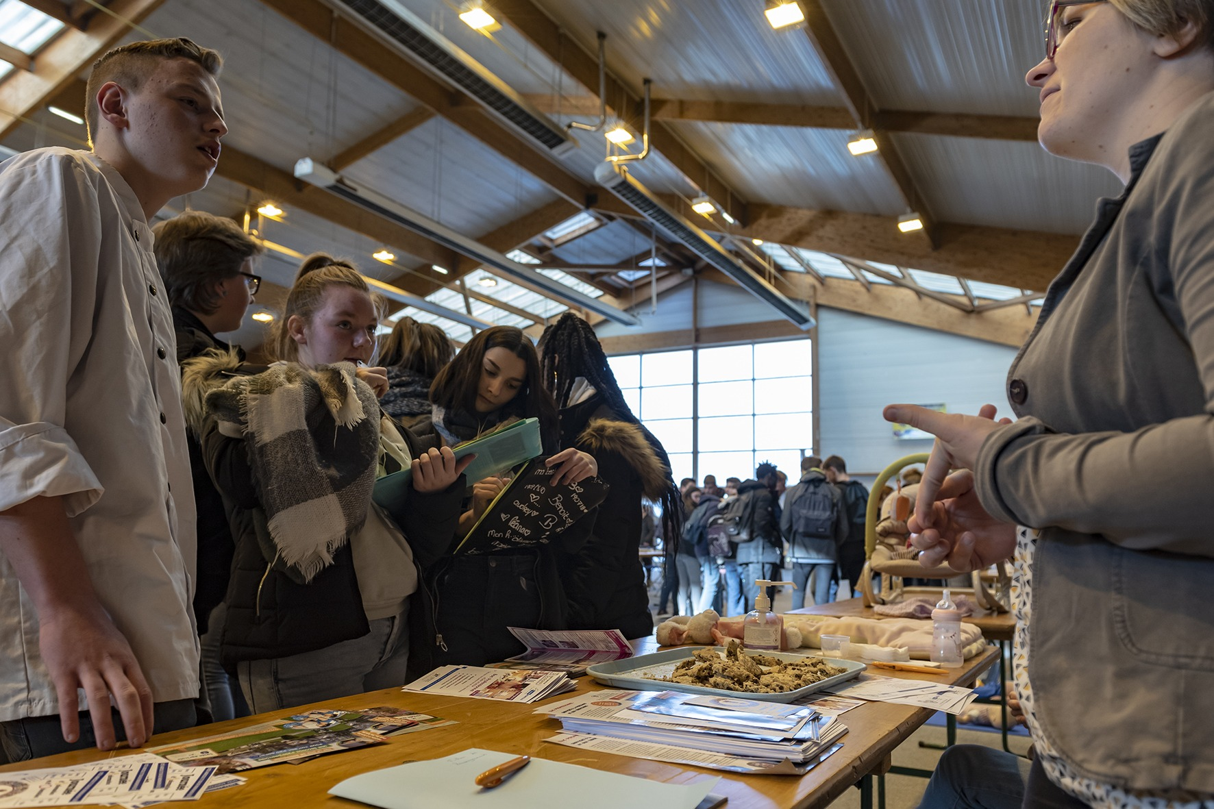 Six cents collégiens réunis pour préparer leur entrée au lycée et leur avenir