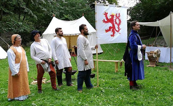 Le comte de Saint-Pol  organise bal et tournoi pour les dix ans des Baladins