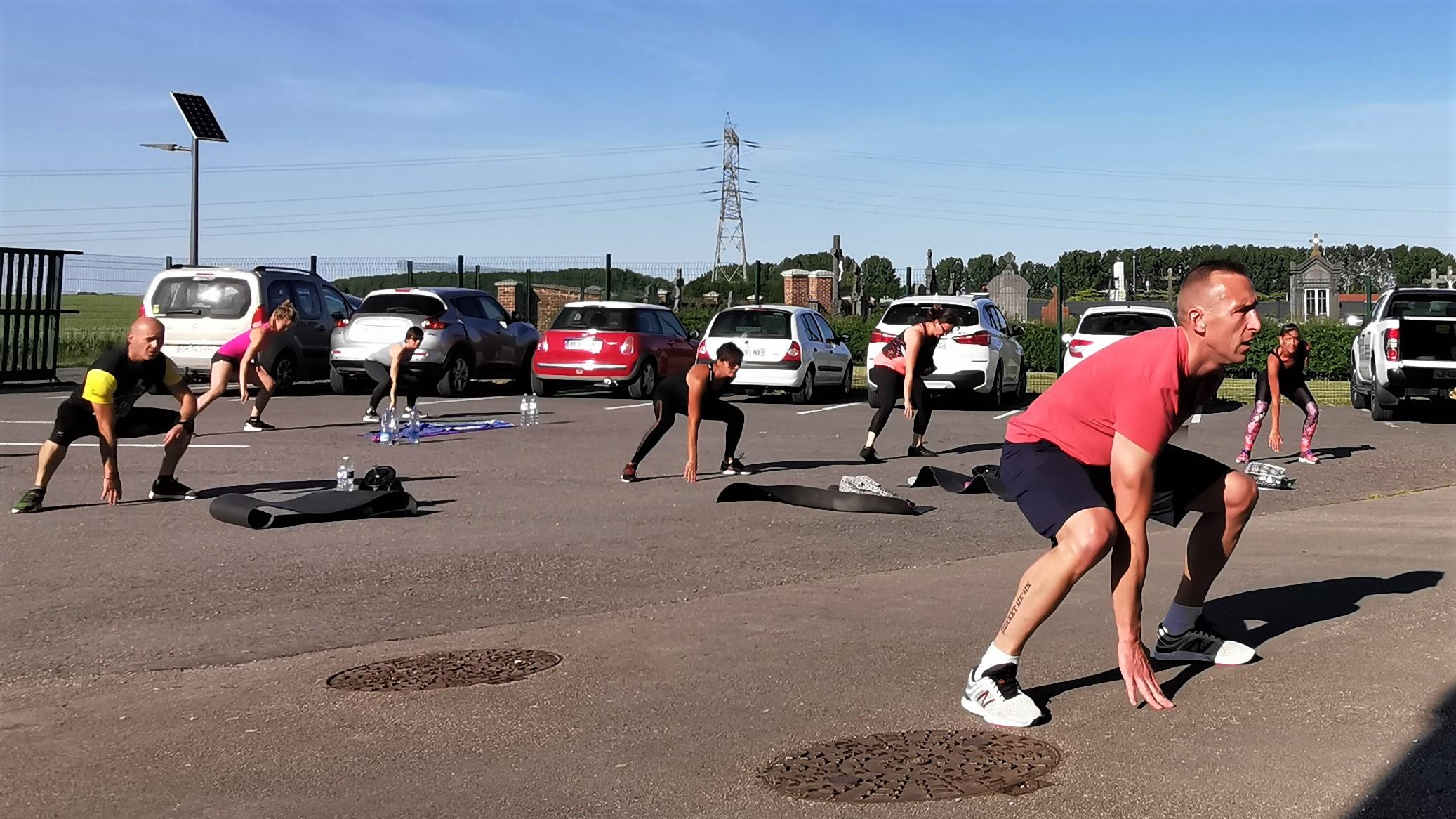 Sur Internet ou sur le parking, les sportifs gardent la forme avec la salle de sport Endorphine de Tincques