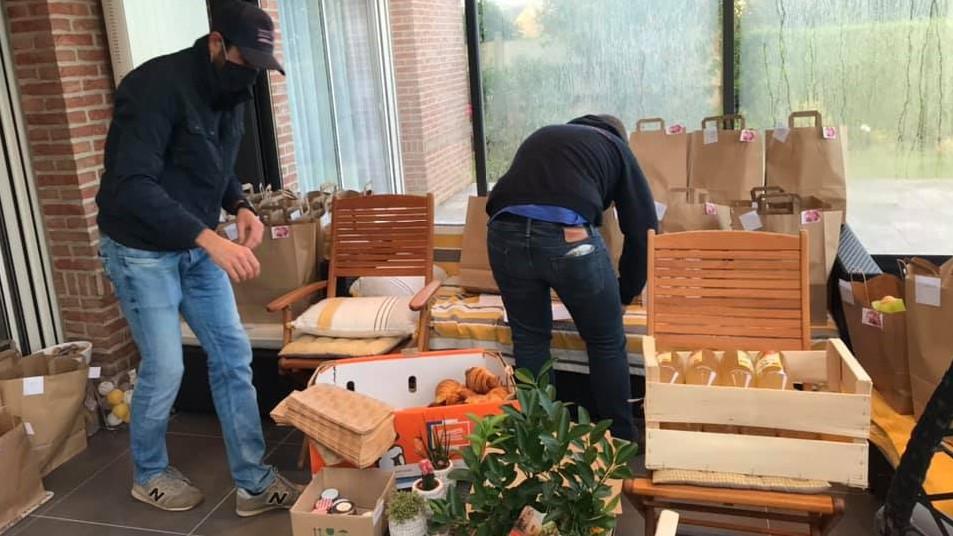 Deuxième livraison des petits déj' pour la fête des pères avec le Rotaract et les commerces locaux