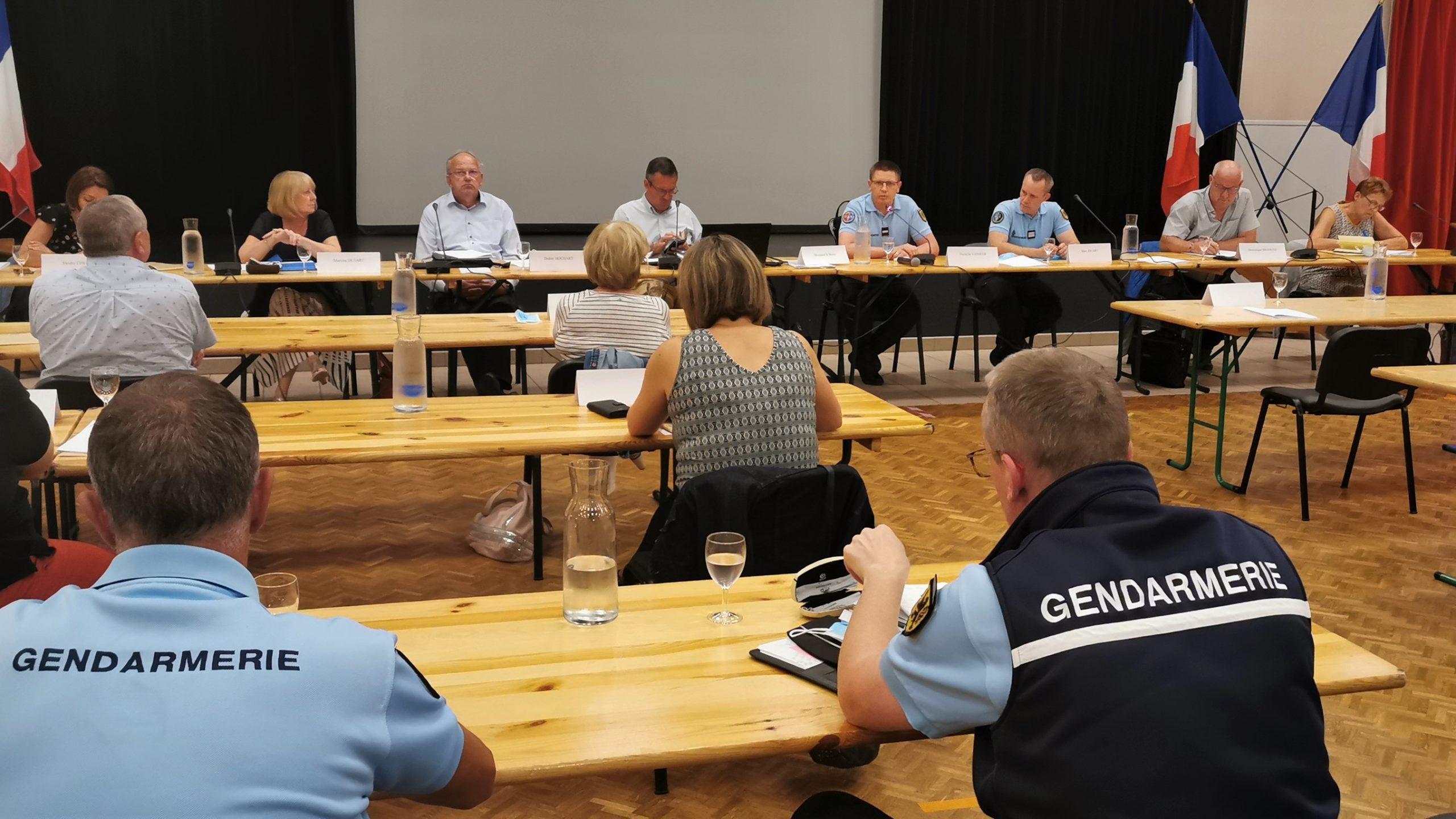 La participation citoyenne : des yeux et des oreilles pour assister les gendarmes