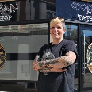 Saint-Pol : Hélène Martin encre des morceaux d'histoire avec des tatouages celtiques et nordiques