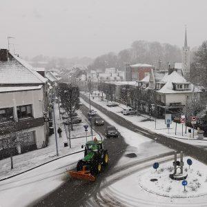 Saint-Pol sous la neige et «Flocon» de Raymond Valcke