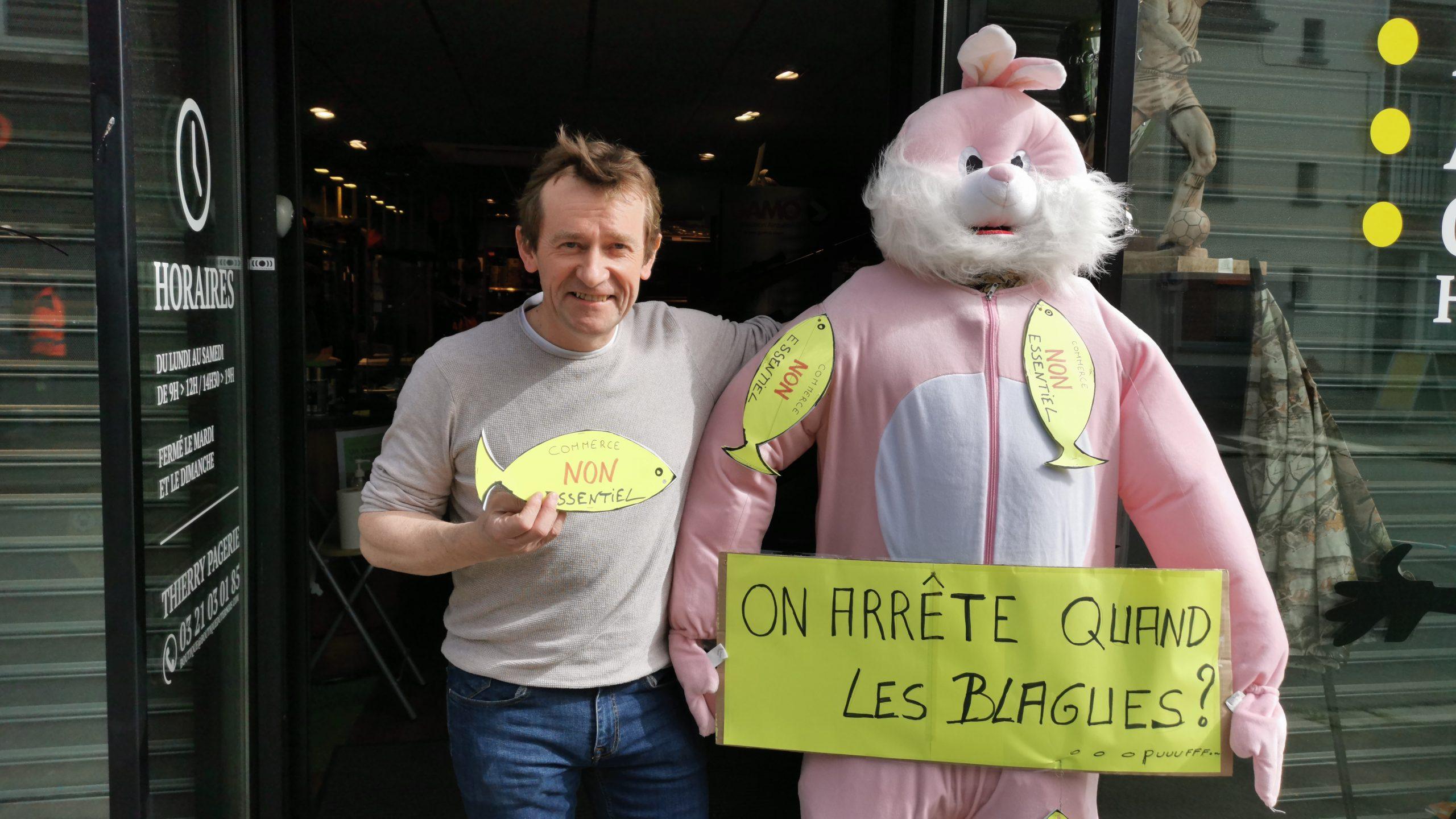 Saint-Pol : Thierry Pagerie dénonce avec humour la violence faite aux commerces «non essentiels»