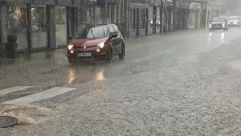 Les égouts de Saint-Pol débordent et les commerçants du centre-ville écopent